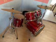 Schlagzeug Komplettset Sonor rot