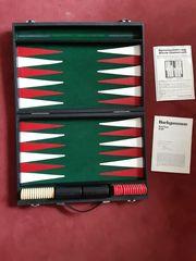 Backgammon Brettspiel in Koffer
