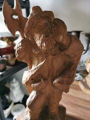 schöner Nachtwächter aus Holz