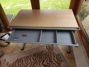 Verstellbarer Moll-Runner Schreibtisch