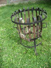 Feuerkorb Feuerstelle Holz verbrennen Lagerfeuer