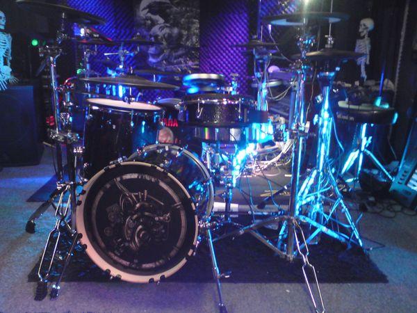 Roland TD25 Studio E-Drumset mit Drumtec Soundedition