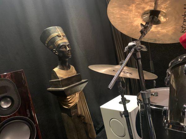 Luxor Music Club sucht Hobby