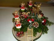 verschiedene Weihnachtsdeko Adventsgesteck Weihnachtsgesteck