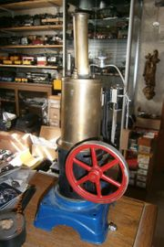 BING selten stehende Dampfmaschine um