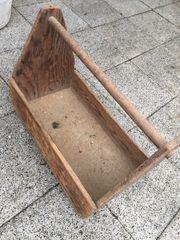 Werkzeugkiste aus Holz