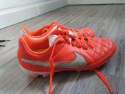 Fussballschuhe von Nike Orange Gr