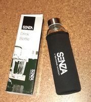 SENZA Glas-Trinkflasche mit abnehmbarem schwarzen Neopren