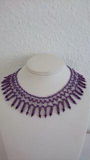 Halskette Schmuck Perlen Swarovskielemente lila