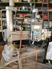 Alzmetall Radialbohrmaschine
