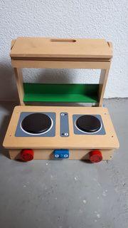 Holz-Kinderküche zum Mitnehmen