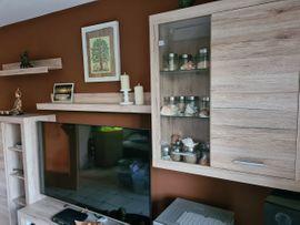 Wohnzimmerschränke, Anbauwände - Wohnwand mit Beleuchtung