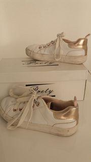 Schuhe Sneaker in Weiß mit