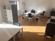 Möblierter Arbeitsplatz in Bürogemeinschaft zu