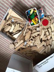 Brio Holzeisenbahn Konvolut