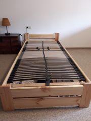 Sehr gutes Bett in Massivholz