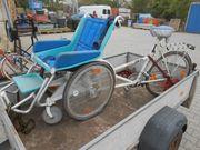 Rollfiets Fahrrad mit Rollstuhl