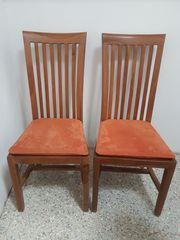Zwei edle Stühle
