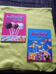 Verkaufe zwei verschiedene Backbücher