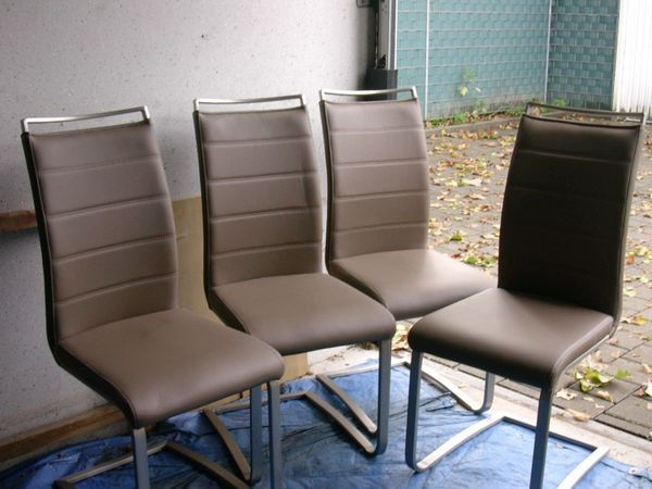 Stühle sehr schön günstig - Ludwigshafen - elegante Hochlehner Stühle,ca.10 Monate alt aus tier u. rauchfreiem Haushaltnur Abholung in Ludwigshafen/Süd - Ludwigshafen