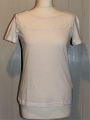 Weißes Shirt mit Spitze von