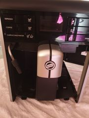 Kaffeevollautomaten der Marke Saeco Modell