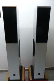 Edle Lautsprecher-Boxen von CANTON Karat