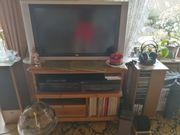 Fernsehsessel Fernsehtisch Fernseher und Couch