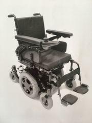 Elektrischer Rollstuhl Quickie Q300M mit