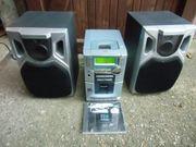 Philips Stereoanlage mit Boxen