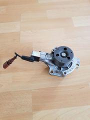 VW Wasserpumpe 04L 121 011
