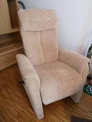 Elekrischer Sessel mit Aufstehhilfe