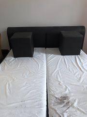 Großes Leder Bett