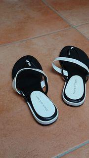 Feine Flip Flop - Zehenschuh - schwarz