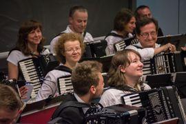 Dresdner Orchester Akkamerata lädt ein: Kleinanzeigen aus Dresden Cotta - Rubrik Vereine, Gruppen, Initiativen