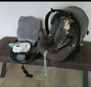 Babyschale Cybex Aton mit Isofix