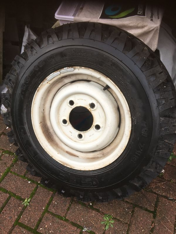 Range Rover Defender Ersatzreifen