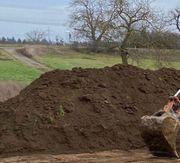 Verschenke Mutterboden Erde an Selbstabholer