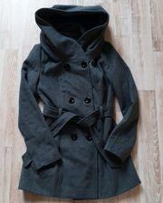 schöner Mantel in dunkelgrau Gr