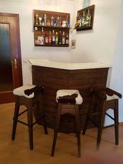 Bar mit 3 Barhocker Holz
