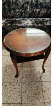 Schöner alten runder Tisch mit