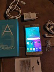 Samsung Galaxy A5 Handy zu