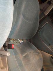 Toyota Yaris Schlachtfest schwarz 1
