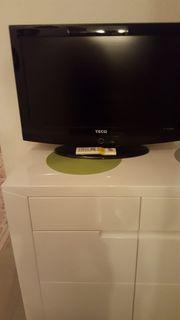 TV mit Fernbedienung