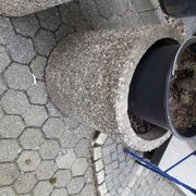2 Stück schwere Waschbeton Blumenkübel