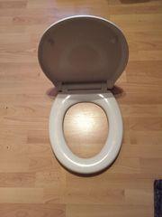 WC-Sitz neu