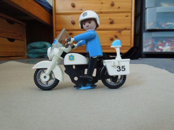 Playmobil Thema Polizei prima Zustand