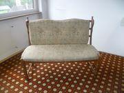 Sitzbank und 1 Stuhl für