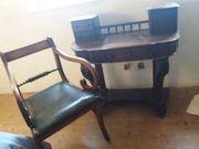 Englischer Sekretär mit Stuhl
