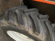 Traktor reifen mit Felge 18